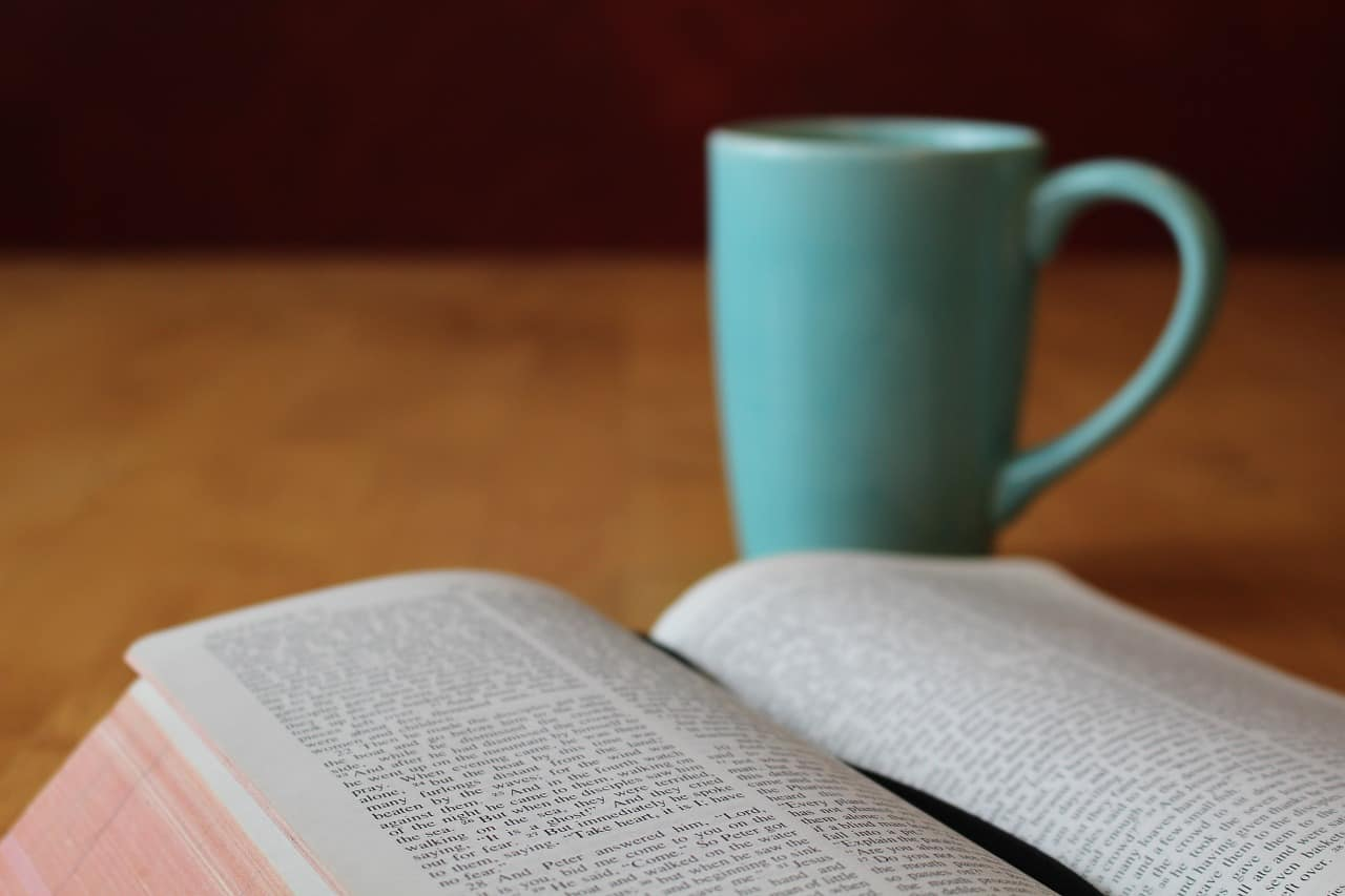 5 Tips for Family Devotions with Young Children