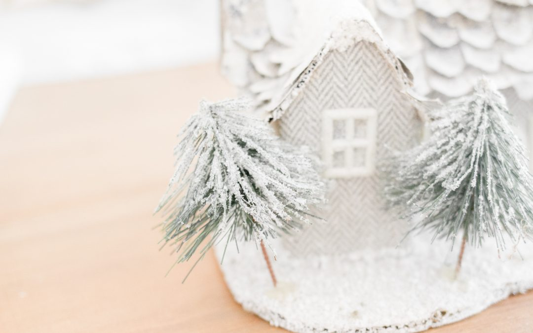 Winter Hospitality Ideas [Everything You Need to Know to Host Guests in the Wintertime]